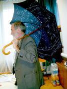 Körmenden is nagy sikert aratott Zombori Ottó a csillagképes esernyővel.