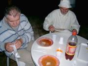 Dobronaki táborosok látogatása Hegyhátsálon 2004. július 5-én.
