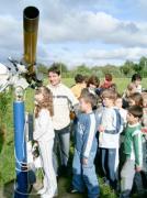 Tóalmási iskolások látogatása 2004. június 3-án.